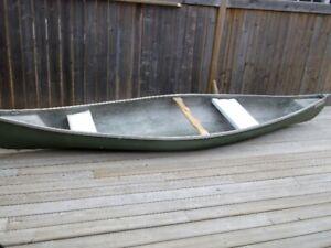 14 ft Cadorette canoe..excellent condition,,