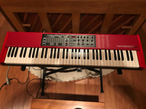 Nord Electro 3, 73 Semi Weighted Keys