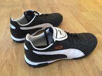 Puma Esito astro turf football boots