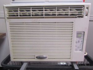 Used Window Mount 8000 Btu/h Whirlpool Air Conditioner / Lindsay