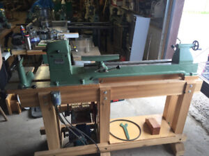 General 160 Lathe for bowl turning