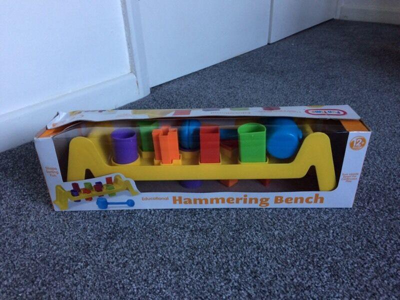 Hammering bench/shape sorter