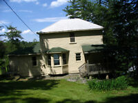 Affordable Lake Rosseau Cottage rental- 1792