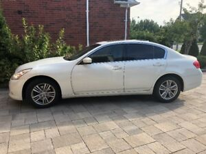 Selling Infiniti G25X (2011) Excellent Condition