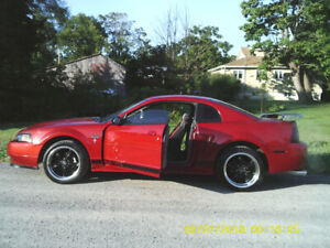 2002 Ford Mustang special desing Coupé (2 portes)