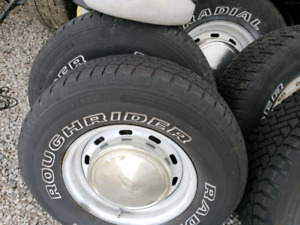 5x5.5 E150 Rims and tires