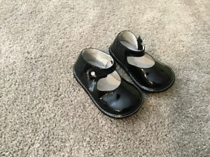Girl size 3 shoes