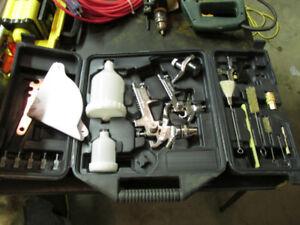 Air powered spray gun