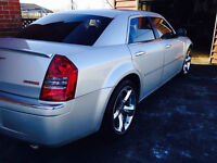 CHRYSLER 300 SERIE EXTRA CLEAN A VOIR $5500.00
