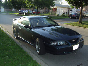 1994 Ford Mustang Coupe (2 door)