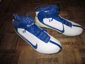 Nike Basketball Elite Shox Shoes White and Navy Blue Zoom Air