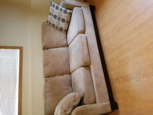 Couch for sale 20.00