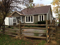 Downtown Collingwood Bungalow for rent