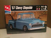 AMT '57 CHEVY STEPSIDE PICKUP