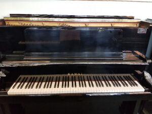 US-50 Kawai Piano