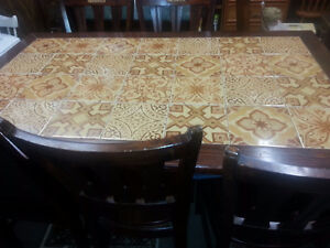 RUSTIC TILED TOP DINING TABLE / 6 CHAIRS