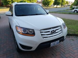 2010 Hyundai Santa Fe, Good on gas, Manual transmition