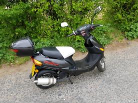 Direct bikes 50cc scooter 1yrs mot