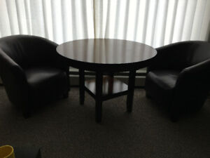 Solid wood dining table and set of 4 leatherette Club Chairs