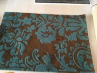 Fantastic rug and 3 cushion set. Beautiful turquoise tones. VGC from smoke/pet free home