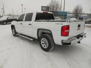 2015 GMC Sierra 1500 Base Crew Cab Short Box 4WD Peterborough Peterborough Area image 4