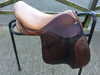 "Two-tone leather 16"" Barnsby saddle. £200"