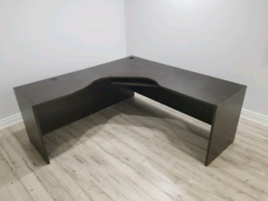 L-SHAPED DESK   EXCELLENT CONDITION   NEED GONE ASAP