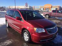 2011 Chrysler Town & Country Minivan, Van