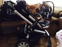 Full Quinny Travel System w/ spare rain covers & buggy cushion - ex con