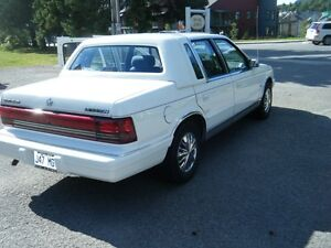 1993 Chrysler Lebaron SE Berline