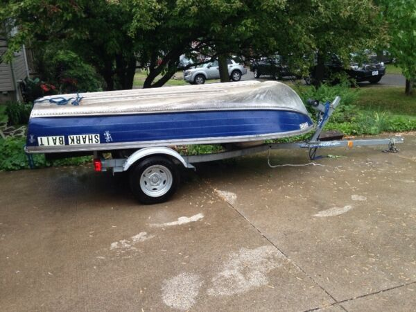 2012 Other 12' Aluminum Boat with a new EZ loader trailer