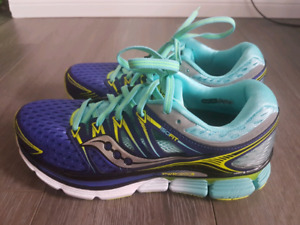 Brand New Saucony Triumph ISO Running Shoes - Size 8
