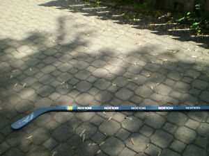 Hockey  Molson autographié Guy Lafleur West Island Greater Montréal image 1