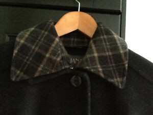 Almost NEW classic winter coat - Giuliana West Island Greater Montréal image 2
