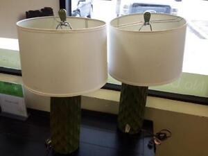 *** USED *** ASHLEY SALINDA LAMP (2/CN)   S/N:51203882   #STORE574