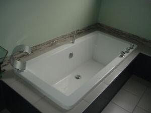 bain acrylique  et toilette