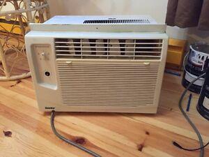 Je vend une air climatisé de 5000 btu