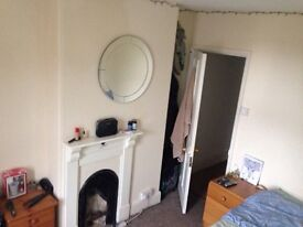 Lovely double room in prime location