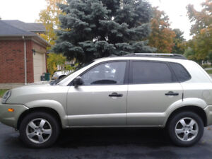Hyundai Tucson 2008 Excellent condition Safety done $ 3100