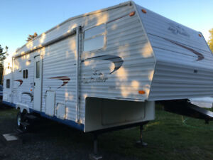 2004 JAYCO JAY FLIGHT 30.5 BHS 5TH WHEEL