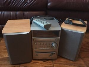 CD Stereo System - AIWA