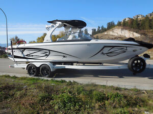 2015 Tige Z3 - Loaded with 440 Raptor 6.2L engine only 150 hrs!