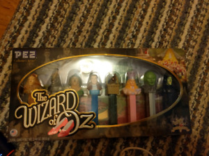 PEZ limited edition the wizard of Oz - make an offer