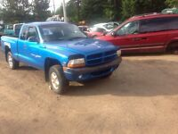 Parting out 99 Dakota v6!!!