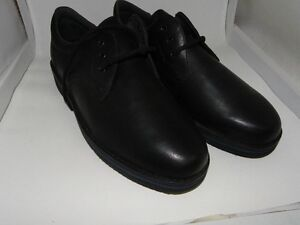 Hush Puppy Body Shoe - Size 13-black