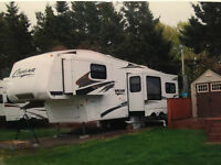 30ft Cougar Fifth Wheel