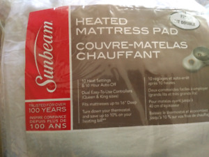 Heated messaging bed sheets