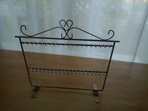 ♦Jewelry holders never used  7$♦ Dimensions 9 / 12 inches  **