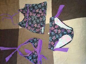 Girl swim suits - Size 8 Gatineau Ottawa / Gatineau Area image 4
