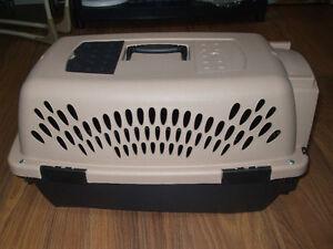 Cage pour chat ou chien  450-994-2242